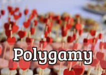 Which groups practice polygamy?